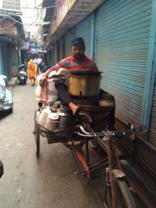 Phitthi Kachori on the move