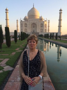 Nellie at the Taj Mahal